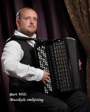 gallery/bart wils - accordeon